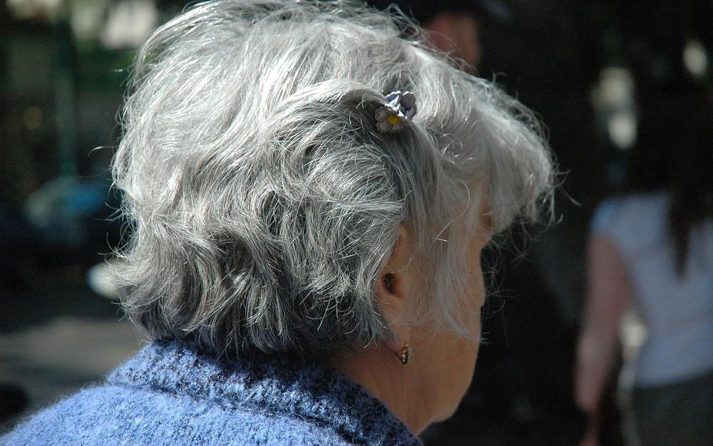 woman-208723-1920