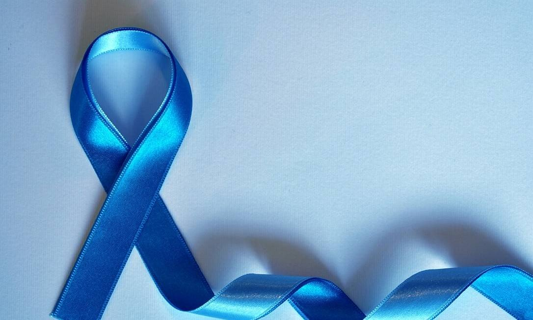 xblue-ribbon-3778232_960_720.jpg.pagespeed.ic.BYFhHT2yMJ